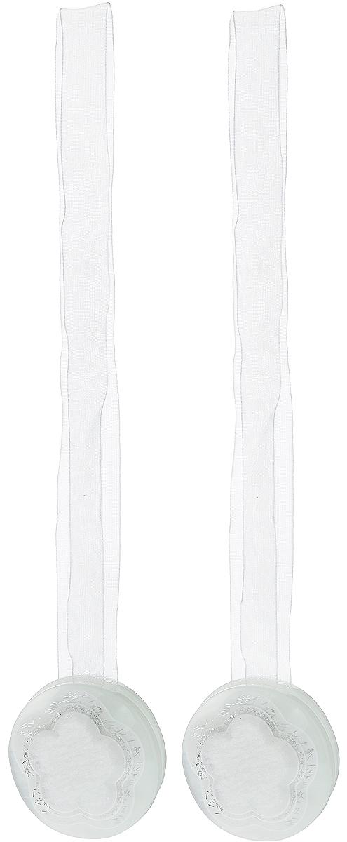 Подхват для штор TexRepublic Ajur. Lenta, на магнитах, цвет: белый, диаметр 4 см, 2 шт. 7902079020Изящный подхват для штор TexRepublic Ajur. Lenta, выполненный из пластика и текстиля, можно использовать как держатель для штор или для формирования декоративных складок на ткани. С его помощью можно зафиксировать шторы или скрепить их, придать им требуемое положение, сделать симметричные складки. Благодаря магнитам подхват легко надевается и снимается. Подхват для штор является универсальным изделием, которое превосходно подойдет для любых видов штор. Подхваты придадут шторам восхитительный, стильный внешний вид и добавят уют в интерьер помещения. Длина подхвата: 36 см. Диаметр: 4 см. Количество: 2 шт.