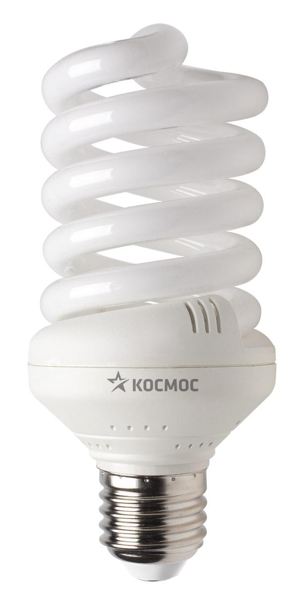 Лампа энергосберегающая Космос, свет: теплый. Модель Т3 SPC 30W E2727LKsmSPC30wE2727Энергосберегающая лампа Космос теплого света способствует расслаблению, ее лучше использовать в спальнях, местах для отдыха. Сфера применения энергосберегающей лампы Космос та же, что и у лампы накаливания, но данная лампа имеет ряд преимуществ: температура колбы ниже, чем у ламп накаливания, что позволяет использовать энергосберегающие лампы в тканевых абажурах без риска их выцветания и возникновения пожара; полностью заменяет галогенные и обычные лампы накаливания. Колба лампы имеет защитное покрытие, препятствующее ультрафиолетовому излучению. Не содержат паров ртути: технология амальгамной дозировки обеспечивает более стабильный поток не только в течение всего срока службы лампы, но также при изменении температуры окружающей среды и рабочего положения лампы. Применение РТС-термистра с положительным коэффициентом температуры, осуществляющего плавный старт лампы, позволяет производить до 500000 включений-выключений лампы, что увеличивает срок службы лампы. Применение...