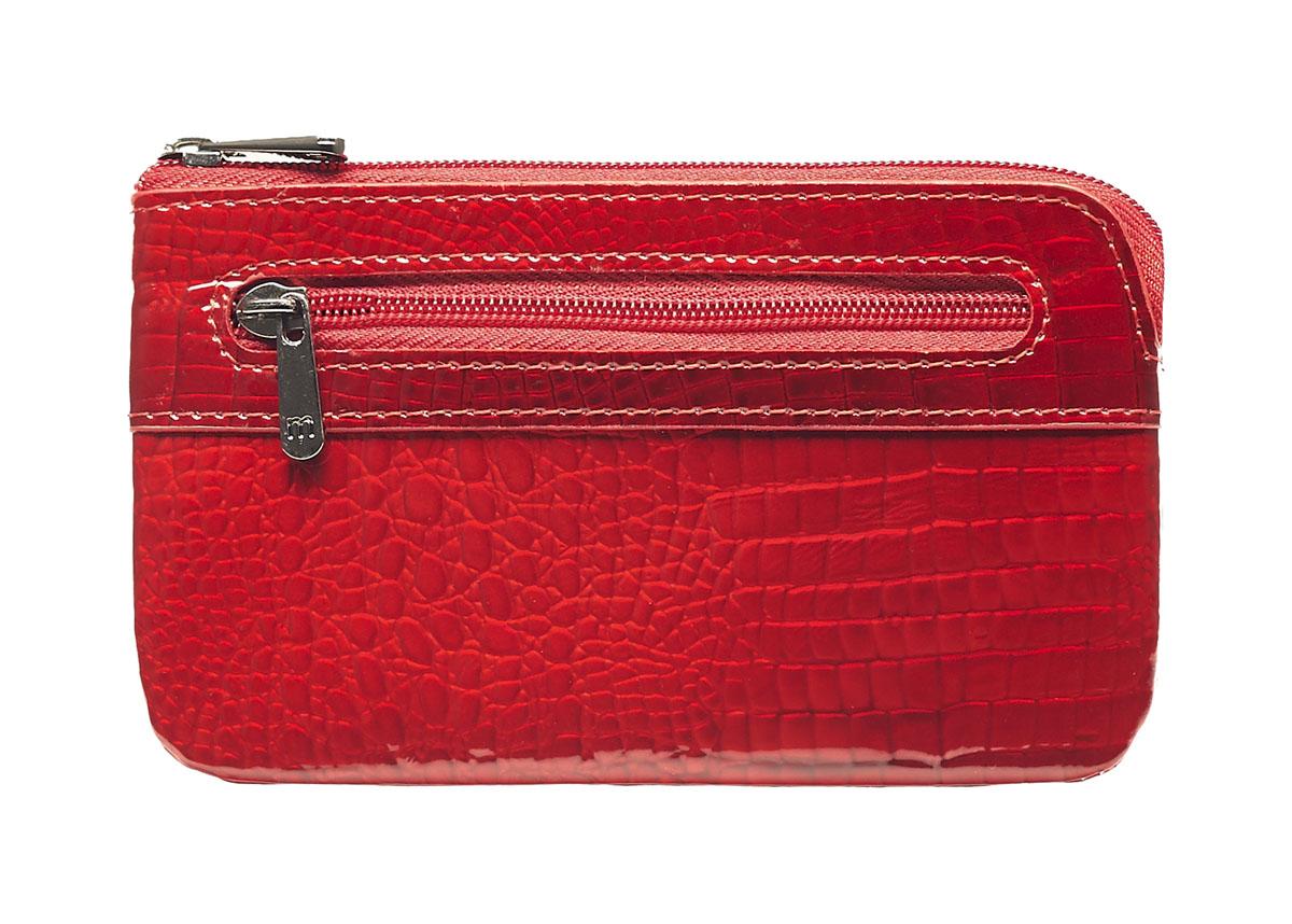 Ключница Malgrado, цвет: красный. 50501-4450501-44Стильная ключница Malgrado изготовлена из натуральной лакированной кожи с тиснением под рептилию и имеет одно отделение на застежке-молнии. Внутри - цепочка с металлическим кольцом для ключей. На задней стенке расположен кармашек на застежке-молнии. Ключница упакована в коробку из плотного картона с логотипом фирмы. Характеристики: Материал: натуральная кожа, металл, текстиль. Размер ключницы: 13 см x 7,5 см х 1 см. Цвет: красный. Размер упаковки: 13,5 см x 10 см x 3,5 см. Артикул: 50501-44.