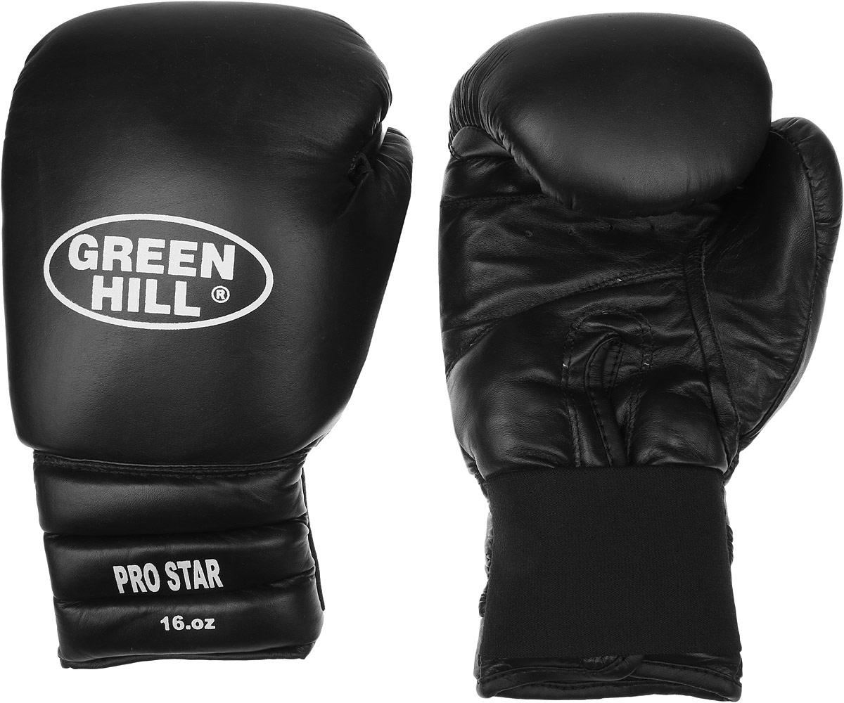 Перчатки боксерские Green Hill Pro Star, цвет: черный, белый. Вес 16 унций. BGPS-2012BGPS-2012Тренировочные боксерские перчатки Green Hill Pro Star отлично подойдут для спаррингов. Верх выполнен из натуральной кожи, наполнитель - из вспененного полимера. Отверстие в области ладони позволяет создать максимально комфортный терморежим во время занятий. Удлиненный сегментированный манжет способствует быстрому и удобному надеванию перчаток, плотно фиксирует их на руке.
