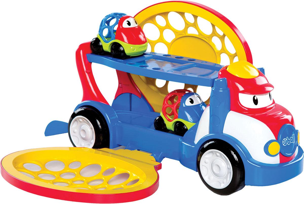 Oball Автовоз с двумя машинками10314Двухуровневый автовоз Oball отлично подойдет для быстрой и удобной транспортировки машинок! Загружать машинки очень легко - передний бортик автовоза открывается и закрывается. А чтобы выгрузить машинки, малышу нужно открыть заднюю часть автовоза нажать и на желтую кнопочку, которая находится на кабине водителя. Нижняя платформа приподнимется, и машинки забавно выкатятся из автовоза. Колеса автовоза крутятся, кроха может с легкостью катать машину по ровной поверхности. В комплект входят автовоз и 2 машинки.