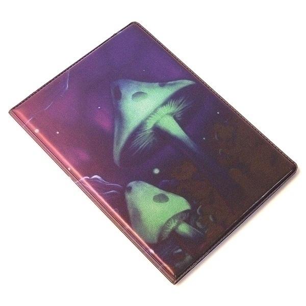 Обложка для паспорта Эврика Грибы, цвет: фиолетовый. 9437794377Обложка для паспорта от Evruka - оригинальный и стильный аксессуар, который придется по душе истинным модникам и поклонникам интересного и необычного дизайна. Качественная обложка выполнена из легкого и прочного ПВХ, который надежно защищает важные документы от пыли и влаги. Рисунок нанесён специальным образом и защищён от стирания. Изделие раскладывается пополам. Внутри размещены два накладных кармашка из прозрачного ПВХ. Простая, но в то же время стильная обложка для паспорта определенно выделит своего обладателя из толпы и непременно поднимет настроение. А яркий современный дизайн, который является основной фишкой данной модели, будет радовать глаз.
