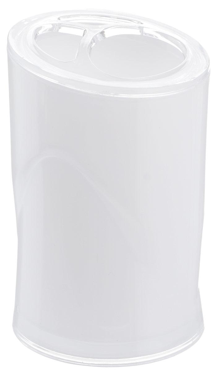 Стакан для зубных щеток Indecor, цвет: белый, высота 11 смIND028wОригинальный стакан для зубных щеток Indecor изготовлен из пластика и отлично подойдет для вашей ванной комнаты. Стильный дизайн изделия притягивает взгляд и прекрасно подойдет к интерьеру в ванной комнаты. Размер стакана: 7 х 7 х 11 см.
