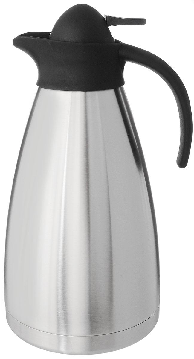 Термос Axentia, цвет: стальной, черный, 2 л116713Термос Axentia, изготовленный из нержавеющей стали с двойными стенками, является простым в использовании, экономичным и многофункциональным. Изделие выполнено в виде кувшина, оснащенного удобной ручкой и носиком для слива жидкости. Термос предназначен для хранения горячих и холодных напитков (чая, кофе) и укомплектован крышкой с кнопкой. Такая крышка удобна в использовании и позволяет, не отвинчивая ее, наливать напитки после простого нажатия. Легкий и прочный термос Axentia сохранит ваши напитки горячими или холодными надолго. Высота (с учетом крышки): 29 см. Диаметр горлышка: 3,5 см.
