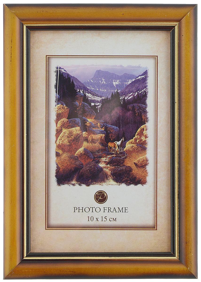 Фоторамка Pioneer Carol, цвет: светло-коричневый, 10 x 15 см7686 156V/2Фоторамка Pioneer выполнена в классическом стиле из натурального дерева и стекла, защищающего фотографию. Оборотная сторона рамки оснащена специальной ножкой, благодаря которой ее можно поставить на стол или любое другое место в доме или офисе. Такая фоторамка поможет вам оригинально и стильно дополнить интерьер помещения, а также позволит сохранить память о дорогих вам людях и интересных событиях вашей жизни. Размер фоторамки: 12 х 17,5 см. Подходит для фотографий размером: 10 х 15 см.