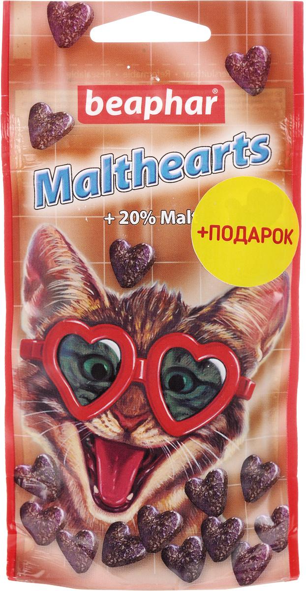 Лакомство для кошек Beaphar Malthearts, для вывода шерсти из желудка, 150 шт + Подарок13168_подарокСредство для выведения шерсти из желудка Beaphar Malthearts - это очень вкусное лакомство с Mальт-пастой в форме сердечек для кошек и котят. Высококачественная Mальт-паста помогает естественно выводить проглоченную шерсть из пищеварительного тракта, предупреждает образование волосяных комков в желудке животного. Кошки и котята, вылизываясь, заглатывают шерсть, которая накапливается в желудочно-кишечном тракте и затрудняет работу желудка. Регулярное употребление лакомства поможет решить эту проблему и избежать рецидива. В подарок прилагается лакомство с экстрактом кошачьей мяты Beaphar Catnip Bits, которое предназначено для кошек и котят. Полезные и вкусные хрустящие подушечки, наполненные пастой из кошачьей мяты, содержат витамины и минералы, необходимые для поддержания здоровья и жизненной активности кошки. Товар сертифицирован.