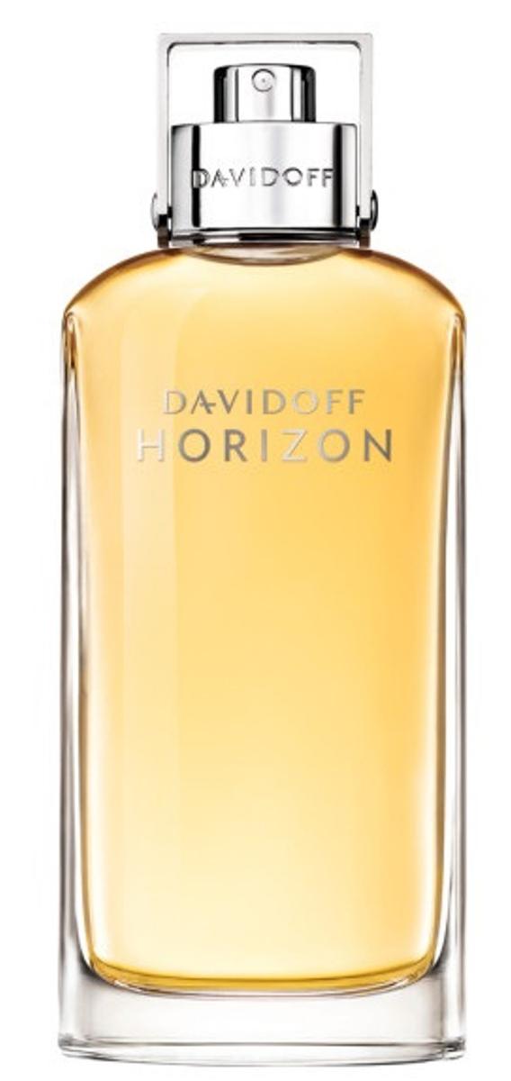 Davidoff Horizon Туалетная вода мужская 75 мл46111013000Новый мужской аромат DAVIDOFF HORIZON открывает новые горизонты. Волнующие ноты грейпфрукта, кедра и мускатного ореха вдохновляют на свершения и завоевания. Пряная древесная композиция создана дерзкой, как сама стихия, и напоминает о дикой природе и необу