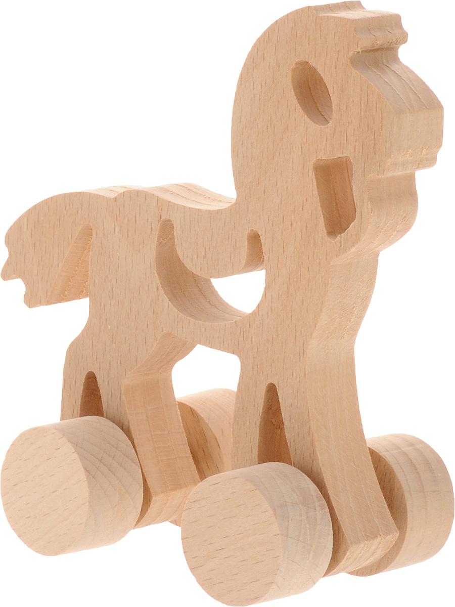 Волшебный городок Игрушка-каталка ЛошадкаКЛБДеревянная игрушка-каталка Волшебный городок Лошадка без сомнения понравится вашему малышу и станет хорошим подарком для него. . Игрушка выполнена из высококачественного дерева, что абсолютно исключает вероятность травмирования. При игре с каталкой у вашего малыша будут развиваться моторика рук, пространственное мышление, зрительное восприятие и внимание.