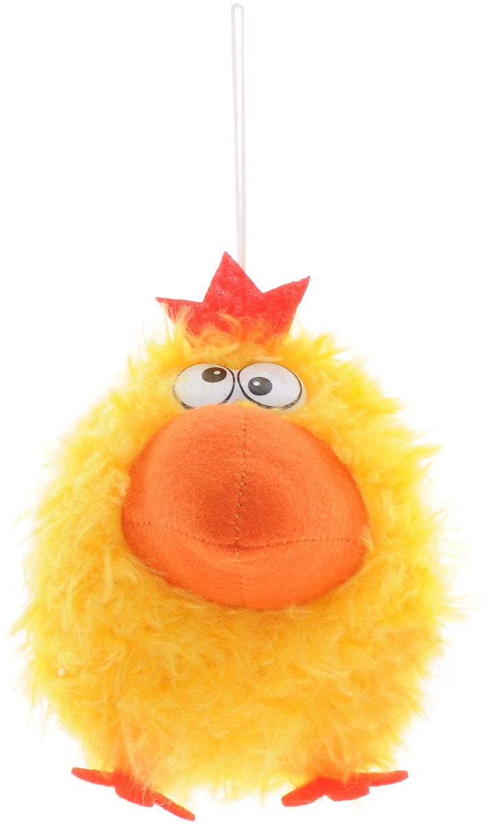 Fancy Мягкая озвученная игрушка Курочка 10 смKPAU0\MМягкая озвученная игрушка Fancy Курочка вызовет улыбку у каждого, кто ее увидит! Курочка с пластиковыми глазками и большим оранжевым клювом выполнена из ворсового трикотажа. Игрушка очень мягкая и создана из высококачественных материалов, которые не вызывают аллергии. Веселая и симпатичная курочка порадует вашего ребенка смешным громким кудахтаньем. Звуки появляются, если игрушку подбросить. Яркая забавная курочка станет прекрасным подарком для любого ребенка. Сверху игрушка дополнена длинной петелькой для подвешивания. Игрушка работает от незаменяемых батареек.