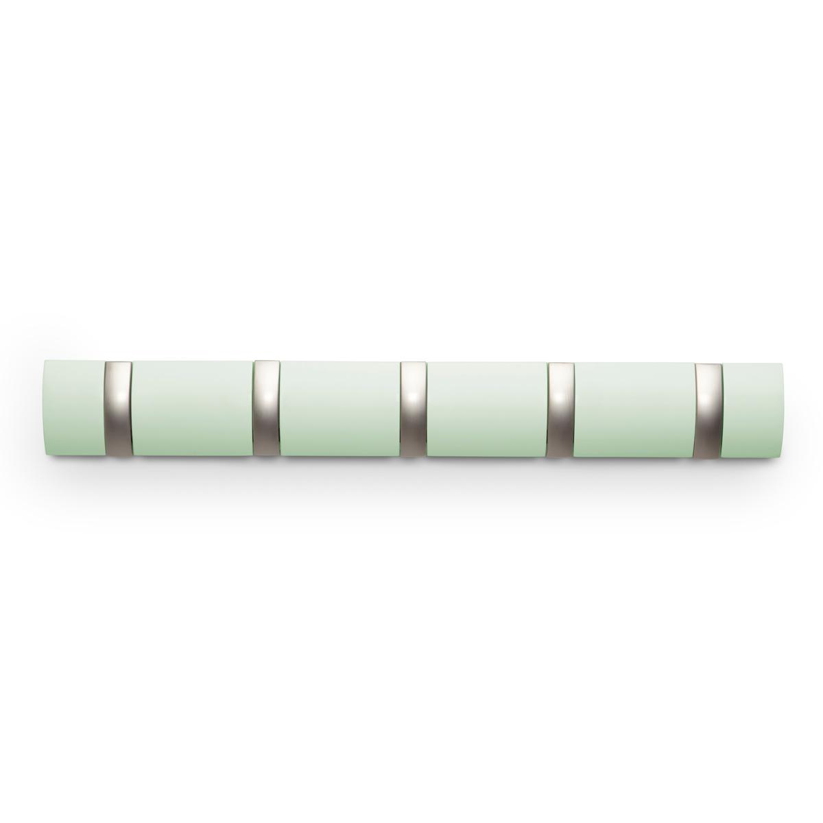 Вешалка Umbra Flip, настенная, цвет: зеленый, 5 крючков318850-730Стильная и прочная вешалка интересной формы. Имеет 5 откидных алюминиевых крючков. Когда они не используются, то складываются внутрь, превращая конструкцию в абсолютно гладкую поверхность. Идеально для маленьких прихожих и ограниченных пространств. Каждый крючок выдерживает вес до 2,3 кг.