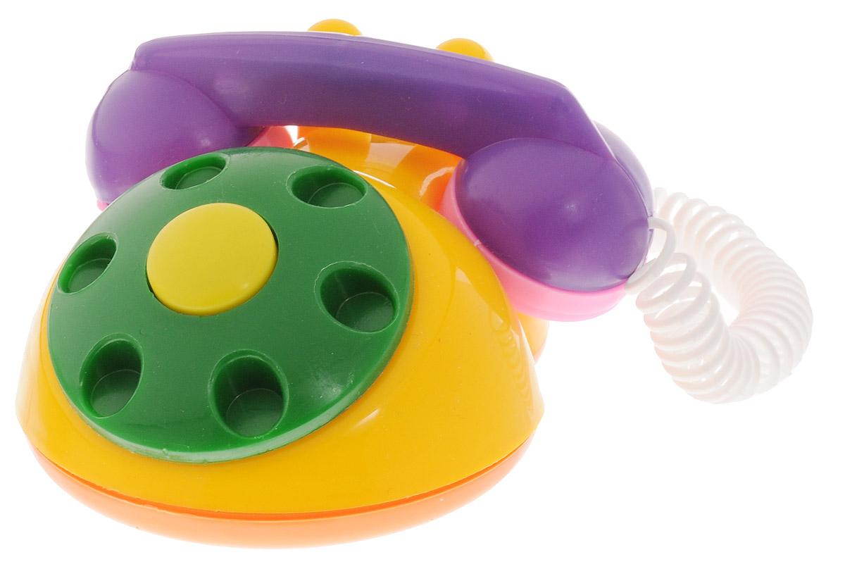 Аэлита Детский телефон цвет желтый фиолетовый2С454_желтый, фиолетовыйЯркий детский телефон Аэлита не оставит вашего малыша равнодушным и не позволит ему скучать! Игрушка представляет собой старинный дисковый аппарат с пружинным проводом, идущим к трубке. Небольшая трубка очень удобна по размерам для детских рук. Диск крутится с мелодичным звоном, пружинный провод легко растягивается и собирается обратно. Яркие цвета игрушки направлены на развитие мыслительной деятельности, цветового восприятия, тактильных ощущений и мелкой моторики рук ребенка, а элемент набора номера на телефоне способствует развитию слуха.