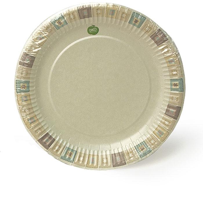 Набор тарелок Paterra Нарядные, бумажные, диаметр 23 см, 6 шт401-471Набор тарелок Paterra Нарядные состоит из 6 тарелок и предназначены для украшения и сервировки стола во время мероприятий дома, в офисе, на даче, на пикнике. Пригодны для горячих блюд. Тарелки прочные, благодаря качеству и высокой плотности используемой при их изготовлении бумаги. Диаметр тарелки: 23 см. Количество в упаковке: 6 шт.