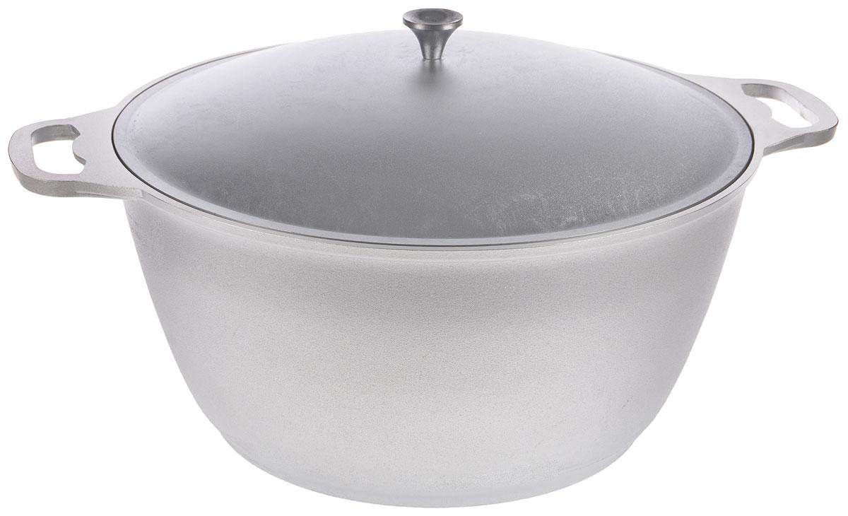 Кастрюля Kukmara с крышкой, 12 лкл120Кастрюля Kukmara выполнена из литого алюминия. Основные особенности кастрюли Kukmara: - литая толстостенная посуда, отлитая вручную; - значительная толщина стенок и дна исключает деформацию корпуса изделий, гарантирует долговечность посуды, обеспечивает необходимую прочность покрытия; - идеальное распределение тепла по всей поверхности посуды, длительное сохранение тепла; - легкость мытья. Кастрюля оснащена крышкой и удобными ручками. Подходит для газовых и электрических плит. Можно мыть в посудомоечной машине. Диаметр кастрюли (по верхнему краю): 37 см. Диаметр основания: 26 см. Ширина кастрюли (с учетом ручек): 47 см. Высота стенки: 19 см.