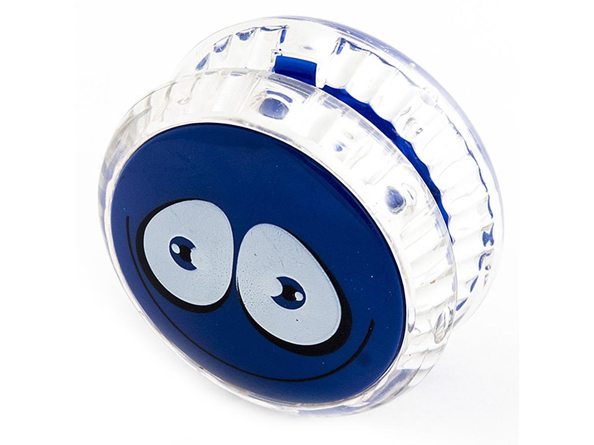 Россия Волчок на шнуре Yo-Yo Смайл Эврика цвет синий97039Йо-йо - популярная игрушка, состоящая из двух дисков на оси, подшипника и шнура, при помощи которого волчок раскручивают, задавая ему определённую траекторию. Игрушка, изBec тная со времён античности, помогает занять руки, успокоиться и собраться с мыслями. Разноцветные пластиковые детали корпуса и забавные картинки не дадут заскучать начинающим спортсменам. Материал: пластик Упаковка: блистер Размер в упаковке: 13,5*3*8см