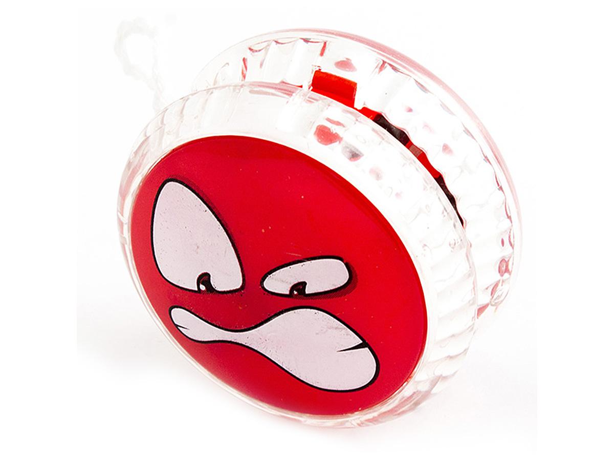 Россия Волчок на шнуре Yo-Yo Смайл Эврика цвет красный97055Йо-йо - популярная игрушка, состоящая из двух дисков на оси, подшипника и шнура, при помощи которого волчок раскручивают, задавая ему определённую траекторию. Игрушка, изBec тная со времён античности, помогает занять руки, успокоиться и собраться с мыслями. Разноцветные пластиковые детали корпуса и забавные картинки не дадут заскучать начинающим спортсменам. Материал: пластик Размер в упаковке: 13,5*3*8см Упаковка: блистер