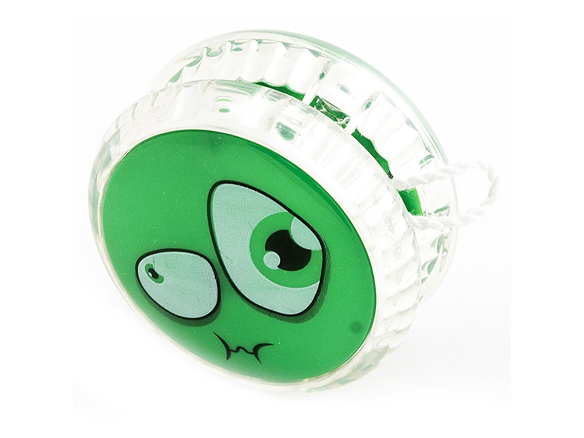 Россия Волчок на шнуре Yo-Yo Смайл Эврика цвет зеленый97042Йо-йо - популярная игрушка, состоящая из двух дисков на оси, подшипника и шнура, при помощи которого волчок раскручивают, задавая ему определённую траекторию. Игрушка, изBec тная со времён античности, помогает занять руки, успокоиться и собраться с мыслями. Разноцветные пластиковые детали корпуса и забавные картинки не дадут заскучать начинающим спортсменам. Материал: пластик Размер в упаковке: 13,5*3*8см Упаковка: блистер