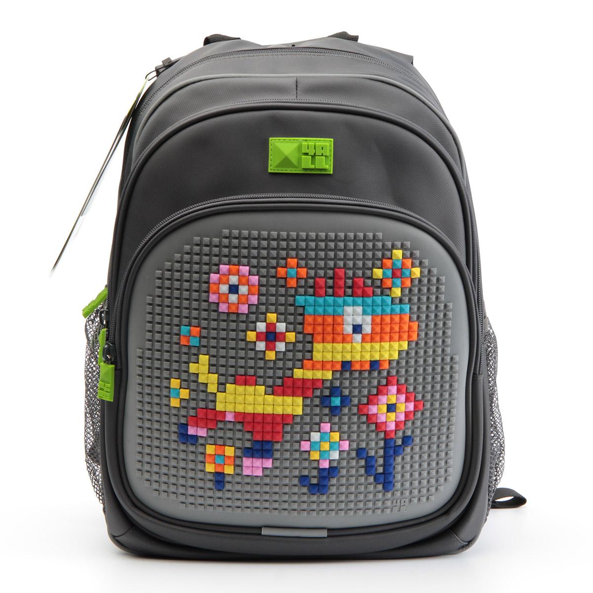 4ALL Рюкзак для мальчиков Kids цвет серыйRK61-12NРюкзак бренда 4ALL - это одновременно яркий, функциональный школьный аксессуар и площадка для самовыражения. Заботясь о Вашем комфорте, удобстве и творческом развитии Ваших детей, мы создали уникальные рюкзаки KIDS с силиконовой панелью и разноцветные мозаичные БИТЫ с помощью которых на рюкзаке можно создавать графические шедевры хоть каждый день! Особенности: AIR COMFORT system: - Система свободной циркуляции воздуха между задней стенкой рюкзака и спиной ребенка. ERGO system: - Разработанная нами система ERGO служит равномерному распределению нагрузки на спину ребенка. Она способна сделать рюкзак, наполненный учебниками, легким. ERGO служит сохранению правильной осанки и заботится о здоровье позвоночника! Ортопедическая спина: - Важное свойство наших рюкзаков - ортопедическая спина! Способна как корсет поддерживать позвоночник, правильно распределяя нагрузку. А также: - Гипоаллергенный силикон; - Водоотталкивающие материалы; - Устойчивость всех материалов к температурам воздуха...