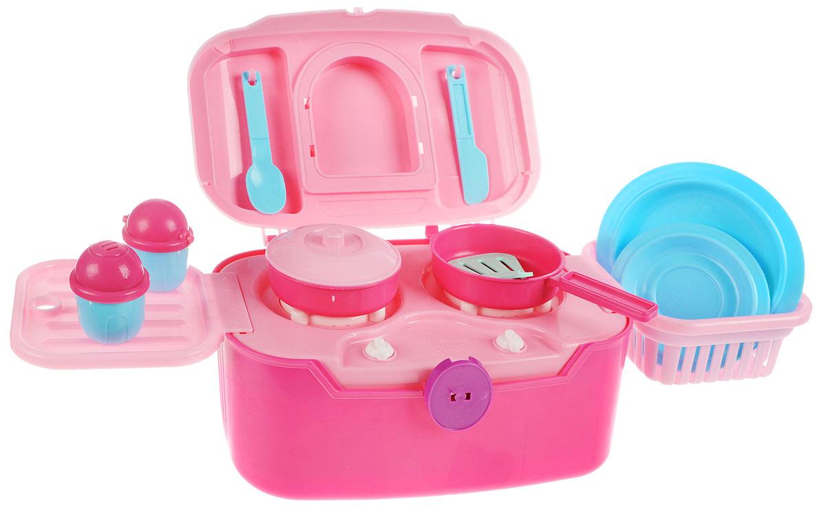 Bildo Игрушечная кухня Холодное сердце 2 в 1B 8703Игрушечная кухня Bildo Холодное сердце 2 в 1 станет отличной игровой платформой для начинающей хозяйки. На этой кухне девочка сможет играючи сварить суп, пожарить яичницу, накрыть на стол, используя входящие в комплект приборы, покормить гостей, а затем сложить игрушку. В сложенном виде чемоданчик очень удобно хранить, а также брать с собой в гости или в поездку. Игра на своей кухне научит маленькую хозяюшку порядку и аккуратности. Все предметы кухни изготовлены из безопасного для детей материала. Украсить кухню можно с помощью входящих в комплект наклейками в виде очаровательных сестричек из мультфильма Холодное сердце.