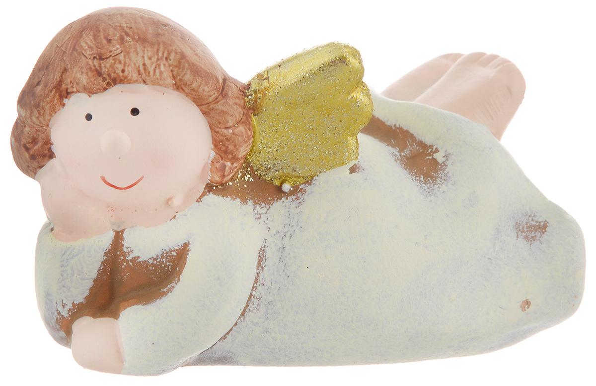 Фигурка декоративная House & Holder Ангел, 10,3 х 7,3 х 6,2 смKK11473YДекоративная фигурка House & Holder Ангел выполнена из керамики в виде очаровательного ангелочка. Вы можете поставить эту фигурку в любом понравившемся вам месте. Но, конечно, удачнее всего такая игрушка будет смотреться у праздничной елки. Новогодние украшения приносят в дом волшебство и ощущение праздника. Создайте в своем доме атмосферу веселья и радости, украшая всей семьей комнату нарядными игрушками, которые будут из года в год накапливать теплоту воспоминаний.