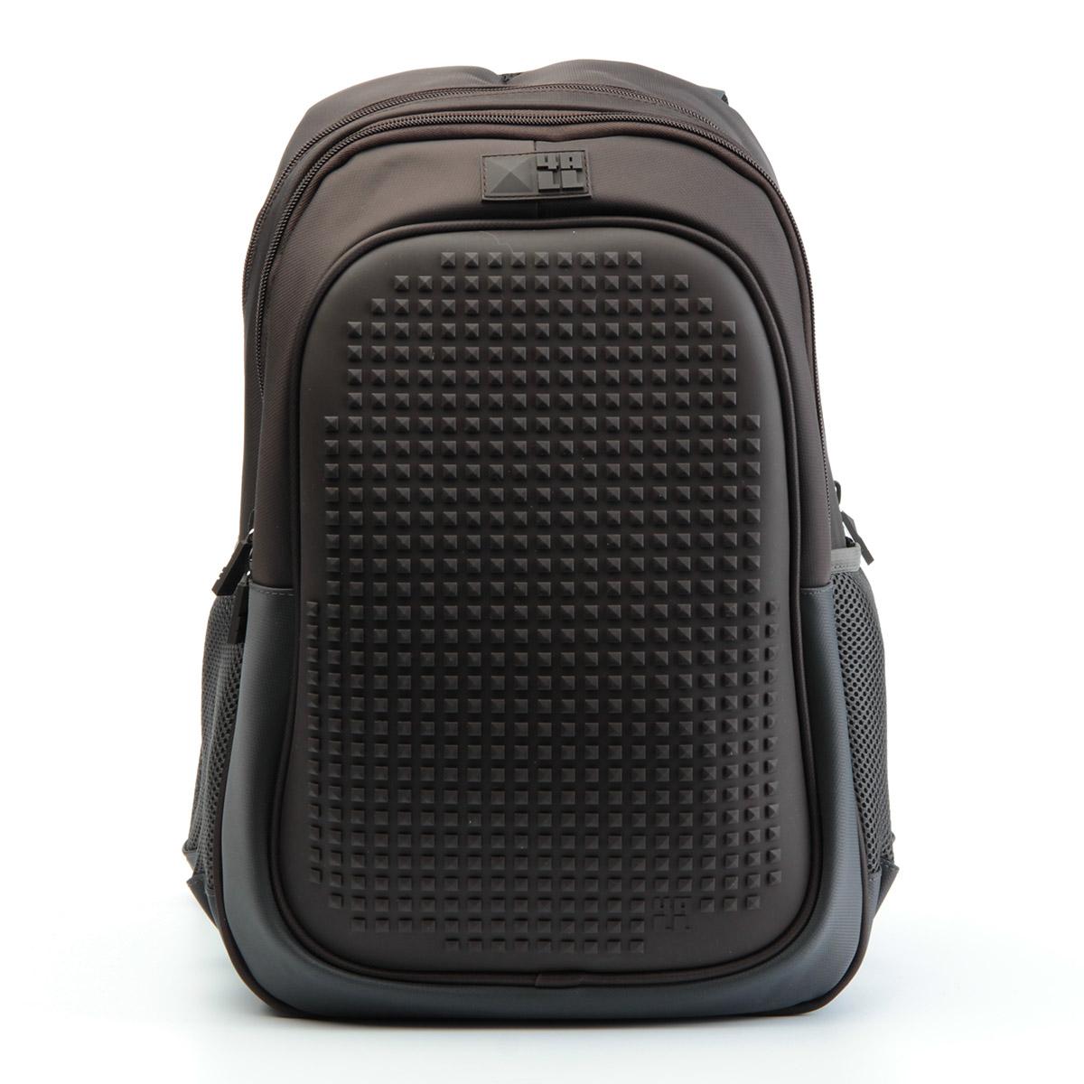 4ALL Рюкзак для девочек Case цвет темно-коричневыйRK61-01NРюкзак бренда 4ALL - это одновременно яркий, функциональный школьный аксессуар и площадка для самовыражения. Заботясь о Вашем комфорте, удобстве и творческом развитии мы создали уникальные рюкзаки CASE с силиконовой панелью и разноцветные мозаичные БИТЫ с помощью которых на рюкзаке можно создавать графические шедевры хоть каждый день! Наш рюкзак является не только помощником в переносе грузов, но и настоящей интерактивной площадкой! Благодаря силиконовой панели и пикселям он может информировать и транслировать любые Ваши художественные опыты! Особенности: AIR COMFORT system: - Система свободной циркуляции воздуха между задней стенкой рюкзака и спиной ребенка. ERGO system: - Разработанная нами система ERGO служит равномерному распределению нагрузки на спину ребенка. Она способна сделать рюкзак, наполненный учебниками, легким. ERGO служит сохранению правильной осанки и заботится о здоровье позвоночника! А также: - Гипоаллергенный силикон; - Водоотталкивающие материалы; - Устойчивость...