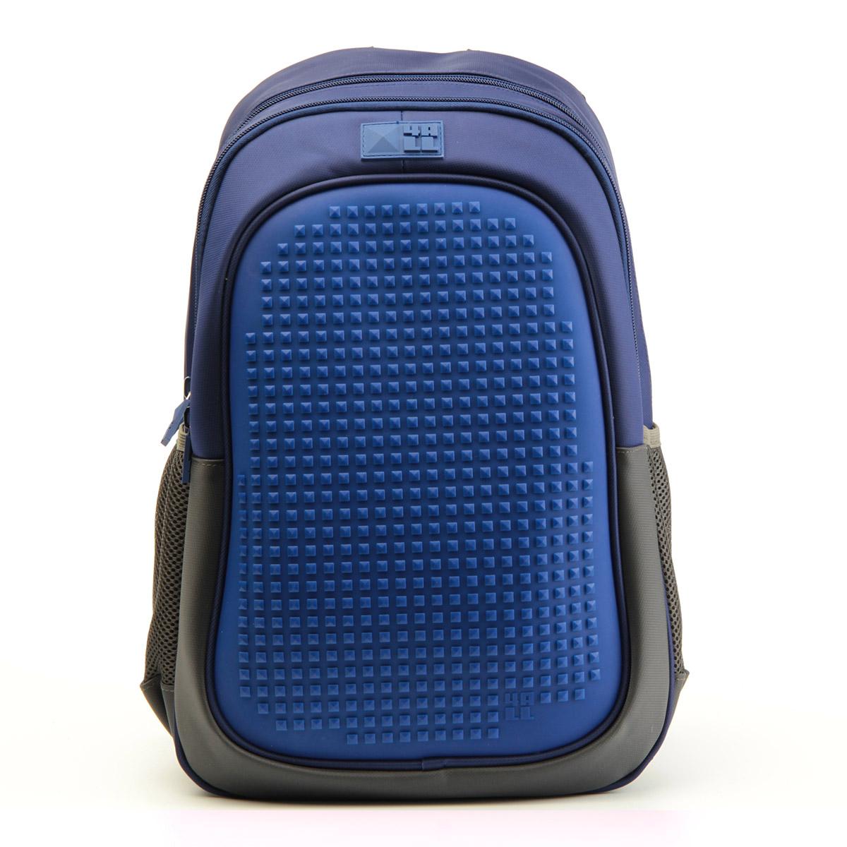 4ALL Рюкзак для девочек Case цвет темно-синийRK61-02NРюкзак бренда 4ALL - это одновременно яркий, функциональный школьный аксессуар и площадка для самовыражения. Заботясь о Вашем комфорте, удобстве и творческом развитии мы создали уникальные рюкзаки CASE с силиконовой панелью и разноцветные мозаичные БИТЫ с помощью которых на рюкзаке можно создавать графические шедевры хоть каждый день! Наш рюкзак является не только помощником в переносе грузов, но и настоящей интерактивной площадкой! Благодаря силиконовой панели и пикселям он может информировать и транслировать любые Ваши художественные опыты! Особенности: AIR COMFORT system: - Система свободной циркуляции воздуха между задней стенкой рюкзака и спиной ребенка. ERGO system: - Разработанная нами система ERGO служит равномерному распределению нагрузки на спину ребенка. Она способна сделать рюкзак, наполненный учебниками, легким. ERGO служит сохранению правильной осанки и заботится о здоровье позвоночника! А также: - Гипоаллергенный силикон; - Водоотталкивающие материалы; - Устойчивость...