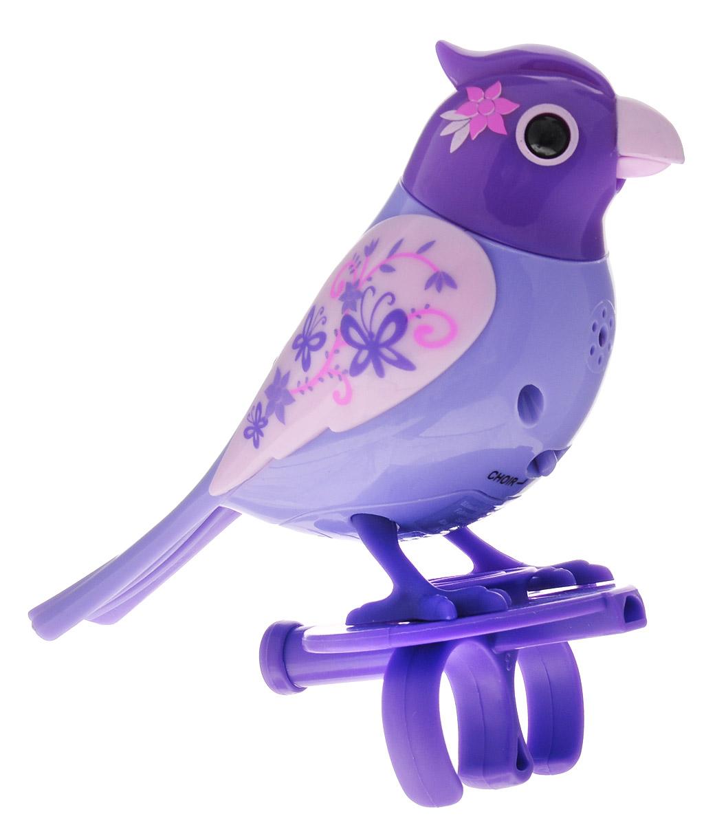 DigiFriends Интерактивная игрушка Птичка с кольцом цвет фиолетовый розовый88286-4У вас есть шанс получить уникального домашнего питомца - поющую птичку. Не каждый может похвастаться этим. Эта умная птичка интерактивная, она будет развлекать вас различными мелодиями, пением и ритмичными движениями. Для активизации птички необходимо подуть на нее. Чтобы активировать режим проигрывания мелодий достаточно посвистеть в свисток, который имеется в комплекте. Игрушка издает 55 вариантов мелодий и звуков. Кольцо-свисток может служить как переносной насест для птички. Ребенок может надеть кольцо на два пальца, закрепить там игрушку и свободно играть или даже бегать. Птичка устойчива на любой ровной поверхности. Игрушка может поворачивать голову и шевелить клювом в такт мелодии. Игрушка работает в двух режимах: соло и хор. Можно синхронизировать неограниченное количество птичек или других персонажей DigiFriends. Главным в хоре становится персонаж, которого первого включили. Необходимо размещать DigiFriends на расстоянии не более 15 см от главной...