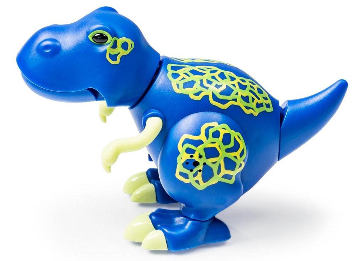 DigiFriends Интерактивная игрушка Динозавр Troy88281-1Интерактивная игрушка DigiFriends Динозавр Troy - интересный и яркий подарок для всех детей от 3 лет! Основная особенность интерактивных игрушек DigiFriends: они реагируют на действия ребенка музыкальными звуками, речью или движением, неизменно вызывая детское восхищение! Маленький Troy издает более 55 различных звуков: музыкальные мелодии и рычание настоящего динозавра. Голова и хвост игрушки забавно двигаются, а пасть открывается в такт звукам. Для активации игрушки можно посвистеть или хлопнуть в ладоши рядом с динозавриком. Подарите малышу несколько игрушек этой серии. Включите динозавров по очереди и расположите их в 5-10 см друг от друга. В каждую игрушку встроен сенсорный датчик, позволяющий им слышать своих сородичей. Первый включенный динозаврик будет солистом - остальные будут вторить его пению и движениям. Такой концерт приведет любого ребенка в восторг и будет развлекать изо дня в день! Все животные DigiFriends выполнены из высококачественного...