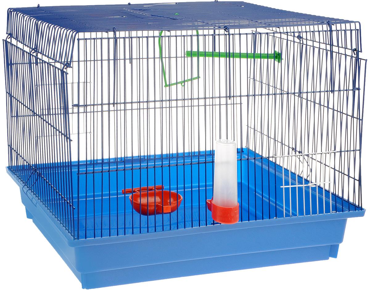 Клетка для птиц ЗооМарк, цвет: синий поддон, синяя решетка, 50 х 31 х 41 см470ССКлетка ЗооМарк, выполненная из полипропилена и металла с эмалированным покрытием, предназначена для птиц. Изделие состоит из большого поддона и решетки. Клетка снабжена металлической дверцей. Она удобна в использовании и легко чистится. Клетка оснащена жердочкой, кольцом для птицы, поилкой, кормушкой и подвижной ручкой для удобной переноски.
