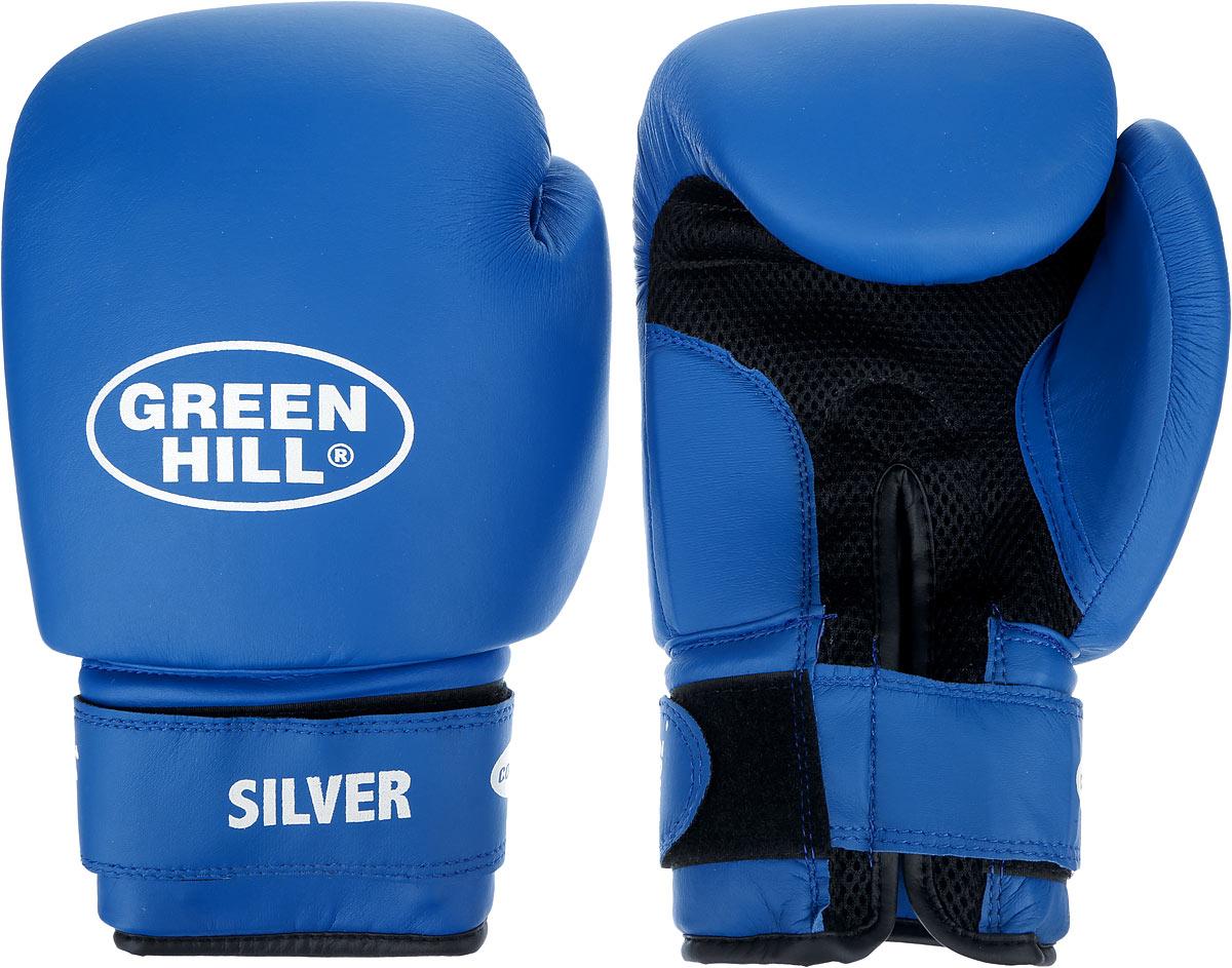 Перчатки боксерские Green Hill Silver, цвет: синий, белый. Вес 14 унций. BGS-2039BGS-2039Боксерские перчатки Green Hill Silver подойдут для легких спаррингов и тренировок. Верх выполнен из высококачественной искусственной кожи, наполнитель - из вспененного полимера. Ладонь выполнена по технологии, которая позволяет руке дышать. Манжет на липучке способствует быстрому и удобному надеванию перчаток, плотно фиксирует перчатки на руке.