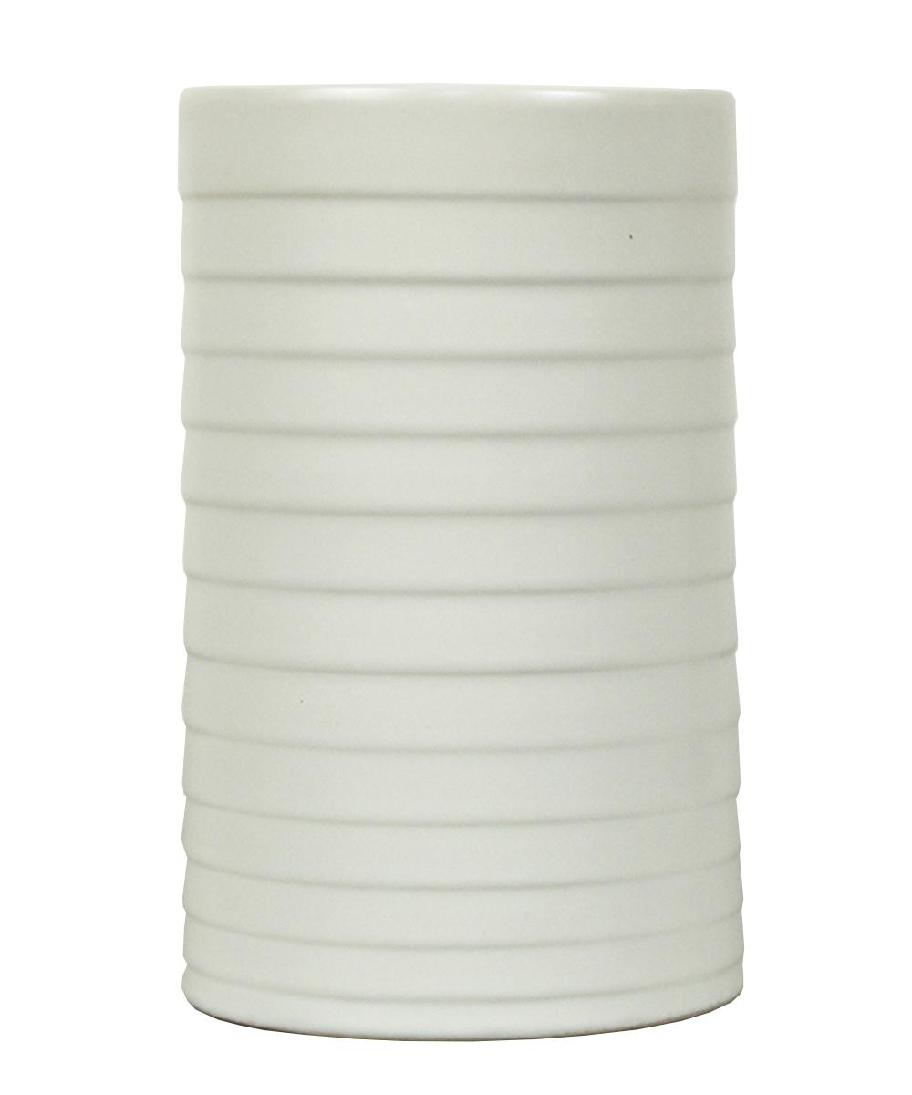 Ваза Этажерка Madrid, цвет: белый, высота 20 смTS1115-H20Ваза Этажерка Madrid выполнена из высококачественной керамики и имеет изысканный внешний вид. Такая ваза станет идеальным украшением интерьера и прекрасным подарком к любому случаю. Высота вазы: 20 см.