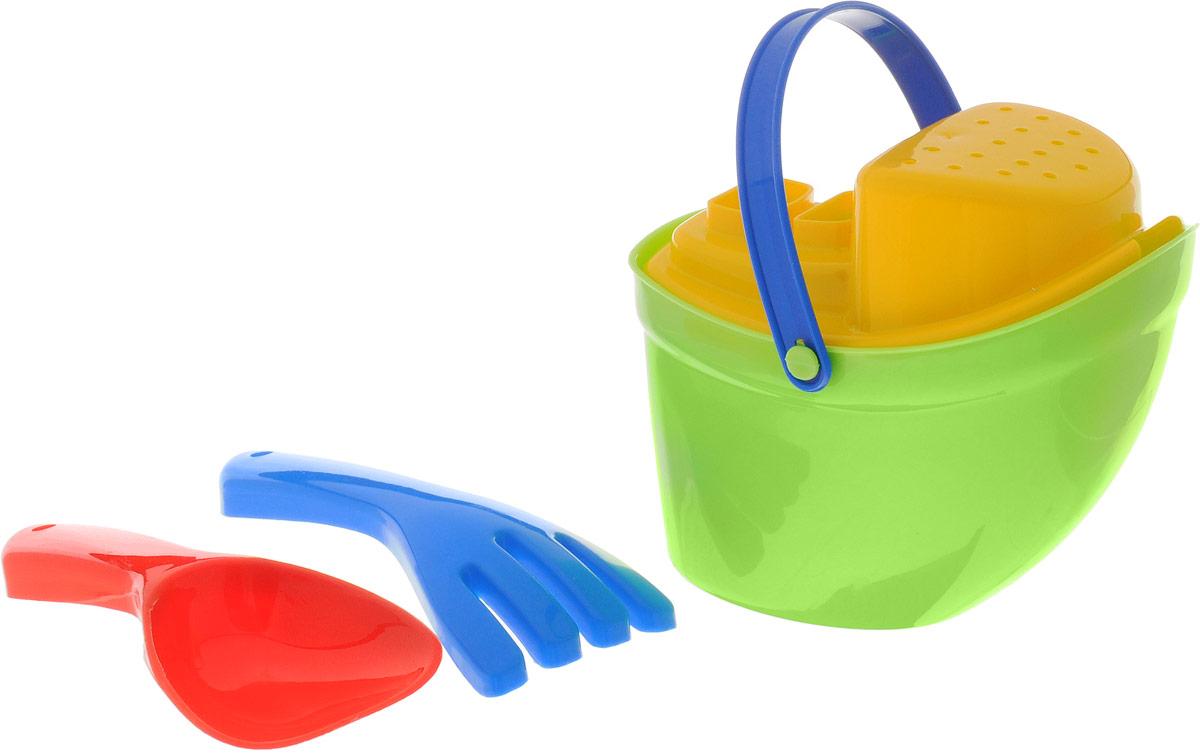 Karolina Toys Набор для песочницы Пароходик цвет салатовый желтый40-0040_салатовый, желтыйНабор для игры в песочнице Karolina Toys в собранном состоянии напоминает забавный пароходик. В набор входят ведерко, лопатка, грабли, сито. Главное преимущество этого набора состоит в его компактности и оригинальном дизайне - в небольшом объеме содержится сразу несколько элементов для игры ребенка в песочнице. При установке крышки в ведерко оно превращается в лейку за счет специального отверстия в крышке. Крышку можно использовать отдельно как сито для просеивания песка.