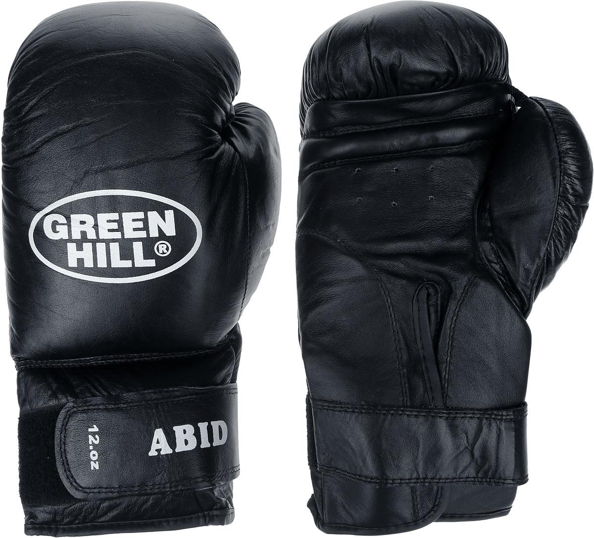 Перчатки боксерские Green Hill Abid, цвет: черный, белый. Вес 12 унцийG-2024312Боксерские тренировочные перчатки Green Hill Abid выполнены из натуральной кожи. Они отлично подойдут для начинающих спортсменов. Мягкий наполнитель из очеса предотвращает любые травмы. Отверстия в районе ладони обеспечивают вентиляцию. Широкий ремень, охватывая запястье, полностью оборачивается вокруг манжеты, благодаря чему создается дополнительная защита лучезапястного сустава от травмирования. Застежка на липучке способствует быстрому и удобному одеванию перчаток, плотно фиксирует перчатки на руке.