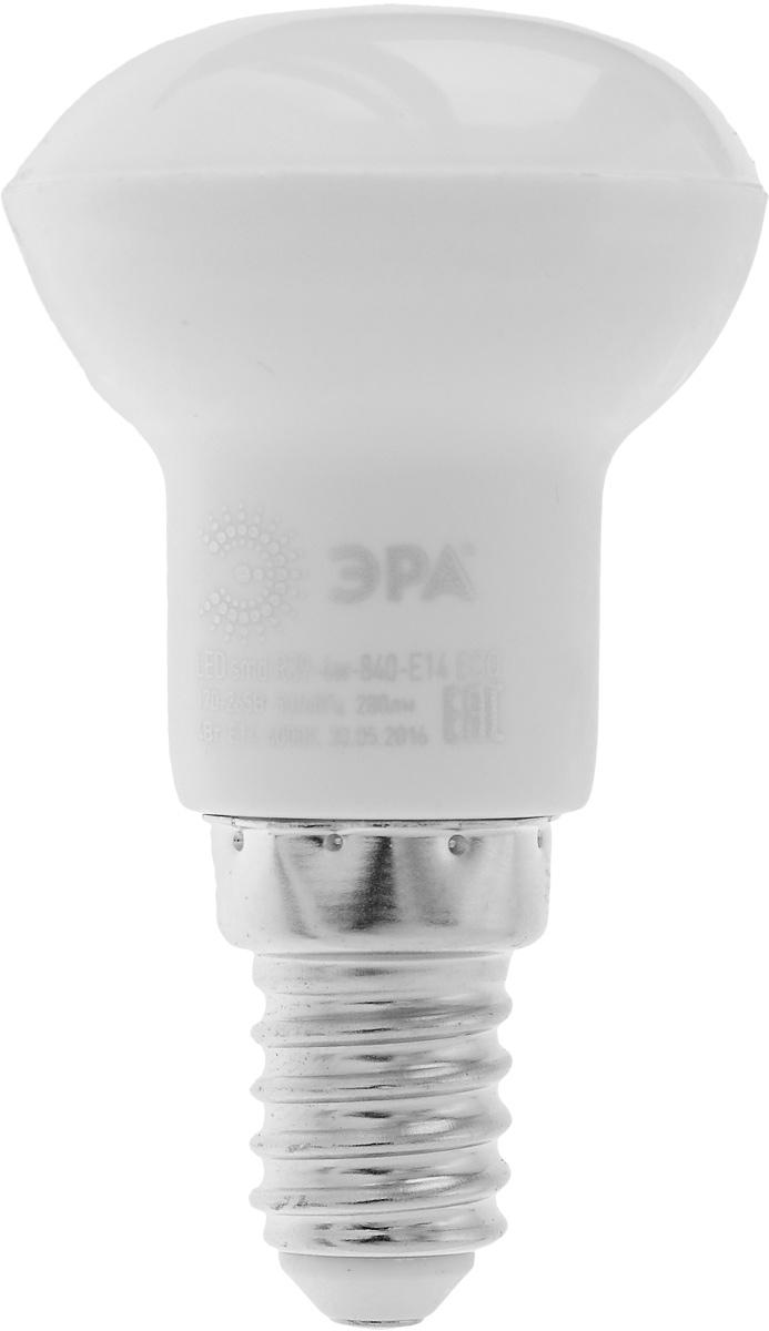 Лампа светодиодная ЭРА, цоколь E14, 170-265V, 4W, 4000К5055945536607Светодиодная лампа ЭРА является самым перспективным источником света. Основным преимуществом данного источника света является длительный срок службы и очень низкое энергопотребление, так, например, по сравнению с обычной лампой накаливания светодиодная лампа служит в среднем в 50 раз дольше и потребляет в 10-15 раз меньше электроэнергии. При этом светодиодная лампа практически не подвержена механическому воздействию из-за прочной конструкции и позволяет получить любой цвет светового потока, что, несомненно, расширяет возможности применения и позволяет создавать новые решения в области освещения. Особенности серии Eco: Предназначена для обычного потребителя Цена ниже, чем цена компактной люминесцентной лампы Световая отдача источников света - 70-80 лм/Вт Срок службы составляет 25000 часов Гарантия - 1 год. Работа в цепи с выключателем с подсветкой не рекомендована.