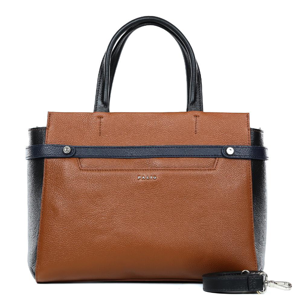 Сумка женская Palio, цвет: коричневый. 14636A1-W2-558/01814636A1-W2-558/018 l.brown/blackКлассическая женская сумка от итальянского бренда Palio выполнена из натуральной плотной кожи, которая держит форму и имеет мягкую пористую фактуру. Дизайнерская комбинация модного ярко-рыжего оттенка и классического черного цвета придают изделию неповторимую изысканность и элегантность. Тонкие ручки, фурнитура выполненная в серебре, вместительный карман и строгий дизайн превращают сумку в изящный и стильный аксессуар, который подойдет, как для повседневных, так и для деловых образов. На тыльной части сумки дизайнеры расположили удобный карман на молнии с кожаным поводком. Сумка имеет одно внутреннее отделение, которое разделяется карманом на два глубоких отсека. Дизайнеры позаботились и об удобстве аксессуара: на внутренних боковых стенках они разместили карманы для различных женских мелочей. Изделие вмещает документы и папки формата A4.