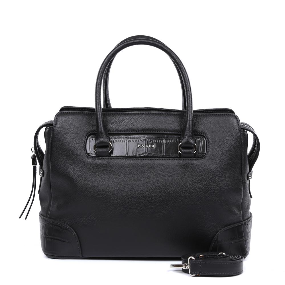 Сумка женская Palio, цвет: черный. 14748AR-W1-018/01814748AR-W1-018/018 blackРоскошная сумка от итальянского бренда Palio выполнена из натуральной плотной кожи, которая держит форму и имеет мягкую фактуру. Классический черный цвет, изысканная серебряная фурнитура, длинные кожаные поводки – именно такая модель должна быть в гардеробе каждой модницы. В отделке аксессуара дизайнеры использовали ультрамодное тиснение под рептилию. С такой сумкой вы будете самой элегантной и самой стильной. Сумка имеет одно отделение, которое внутри разделено на два вместительных отсека. Внутри аксессуара вы с легкостью расположите свой сотовый телефон и другие женские мелочи за счет удобных отделений. Изделие не вмещает формат A4. В комплекте аксессуар имеет тонкий кожаный ремешок, благодаря чему сумку можно носить на плече.