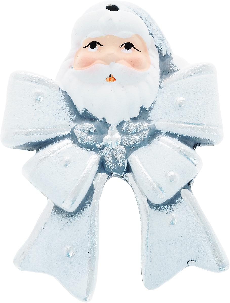 Украшение новогоднее подвесное House & Holder Дед Мороз, высота 9,5 смKK11370BНовогоднее подвесное украшение House & Holder Дед Мороз выполнено из керамики. С помощью специальной петельки украшение можно повесить в любом понравившемся вам месте. Но, конечно, удачнее всего оно будет смотреться на праздничной елке. Елочная игрушка - символ Нового года. Она несет в себе волшебство и красоту праздника. Создайте в своем доме атмосферу веселья и радости, украшая новогоднюю елку нарядными игрушками, которые будут из года в год накапливать теплоту воспоминаний. Размер: 6,5 х 1 х 9,5 см.