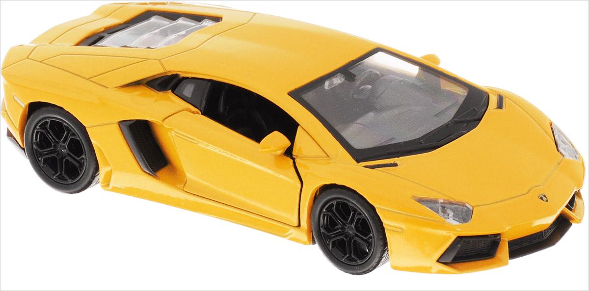 Welly Модель автомобиля Lamborghini Aventador LP700-4 цвет желтый43643_желтыйМодель автомобиля Welly Lamborghini Aventador LP700-4 - отличный подарок как ребенку, так и взрослому коллекционеру. Благодаря броской внешности, а также великолепной точности, с которой создатели этой модели масштабом 1:34 передали внешний вид настоящего автомобиля, модель станет подлинным украшением любой коллекции авто. Машина будет долго служить своему владельцу благодаря металлическому корпусу с элементами из пластика. Дверцы машины открываются, шины обеспечивают отличное сцепление с любой поверхностью пола. Машинка оснащена инерционным механизмом: достаточно немного отвести машинку назад, и затем отпустить, и она быстро поедет вперед. Модель автомобиля Welly Lamborghini Aventador LP700-4 обязательно понравится вашему ребенку и станет достойным экспонатом любой коллекции.