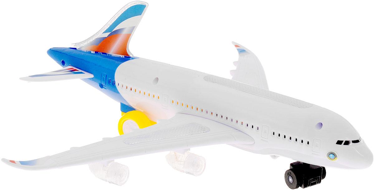 ABtoys Самолет цвет белый синийC-00117_Бело-синийЕсли ваш малыш увлекается воздушными видами транспорта, любит летать на самолетах и смотреть, как они взмывают в небо, то самолет ABtoys обязательно придется по душе вашему ребенку. Он выполнен из высококачественного пластика и имеет весьма привлекательный дизайн. Самолет может, как летать (конечно же, при помощи рук ребенка), так и кататься по земле, ведь у него имеются достаточно крупные шасси. Игрушка оснащена звуковыми и световыми эффектами. Также имеется функция вращения. Порадуйте свою непоседу таким подарком! Необходимо купить 3 батарейки напряжением 1,5V типа АА (не входят в комплект).