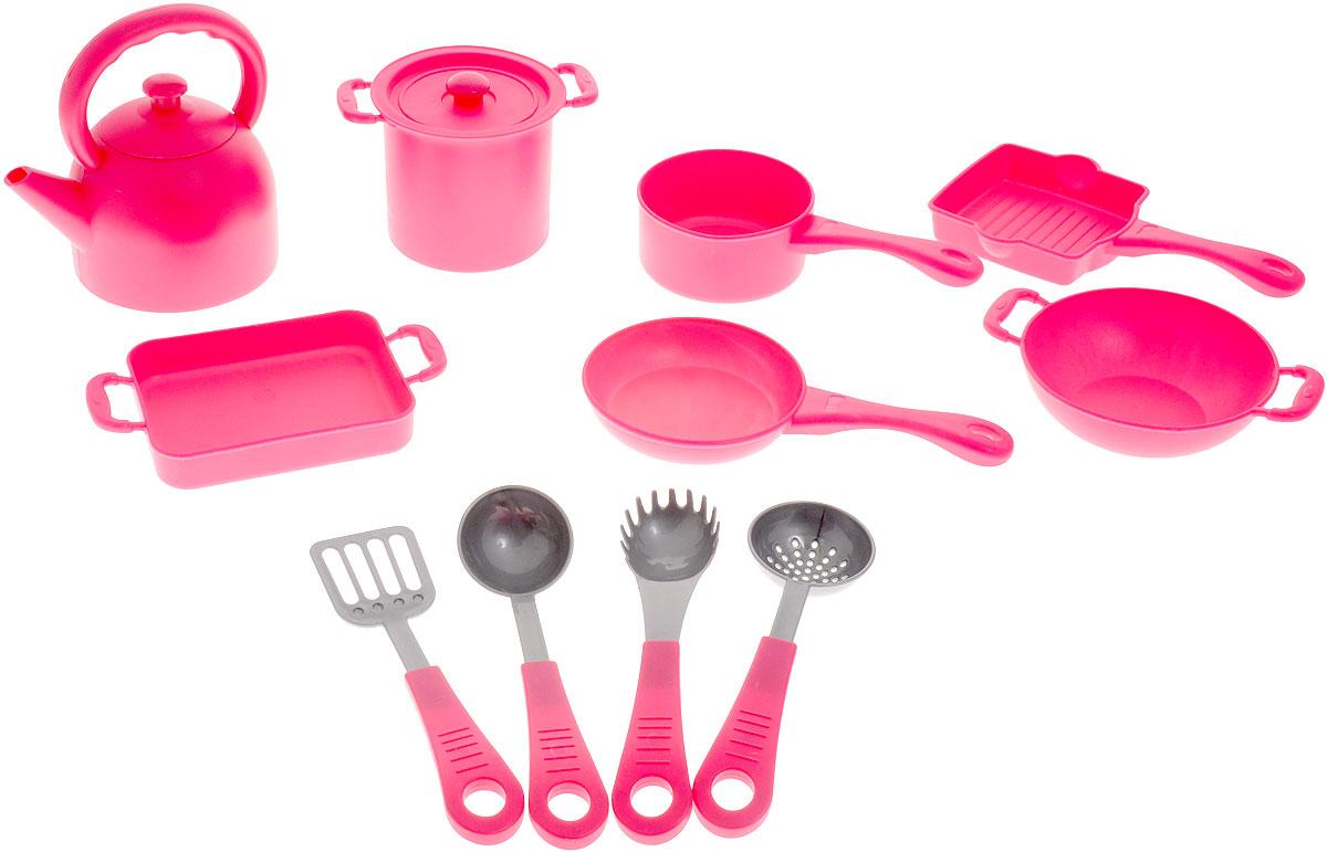 Boley Игрушечный набор кухонной посуды 41229С41229CТеперь девочки с удовольствием будут готовить вкусные угощения для игрушек и красиво сервировать стол. Ведь в их распоряжении будут сразу 12 аксессуаров, которые так похожи на различные виды кухонной утвари и посуду. Игрушечный набор кухонной посуды Boley станет частью игрового процесса, в ходе которого ребенок придумает множество увлекательных развлечений. Такое занимательное времяпровождение не только поднимет ребенку настроение, но и разовьет его фантазию. Элементы набора изготовлены из прочного пластика высокого качества, который нетоксичен и приятный на ощупь.