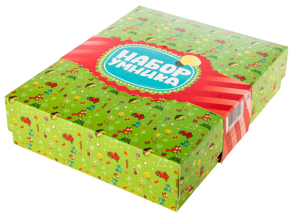 Банда Умников Обучающая игра Набор умникаУМ008В Набор Умника входит 6 игр: Турбосчет, Трафик Джем, Фрукто 10, Геометрика, Много-Много, Делиссимо. Также к набору прилагаются 4 красочных открытки и подарочная упаковка.