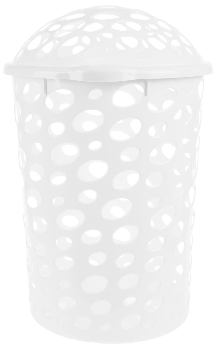 Корзина для белья Альтернатива Сорренто, цвет: белый, 45 лМ1708Корзина для белья Альтернатива Сорренто изготовлена из прочного пластика и декорирована перфорацией. Корзина устойчива к перепадам температур и влажности, поэтому идеально подходит для ванной комнаты. Изделие оснащено двумя боковыми ручками и крышкой. Можно использовать для хранения белья, детских игрушек, домашней обуви и прочих бытовых вещей. Элегантный дизайн подойдет к интерьеру любой ванной. Высота корзины (с учетом крышки): 57 см.