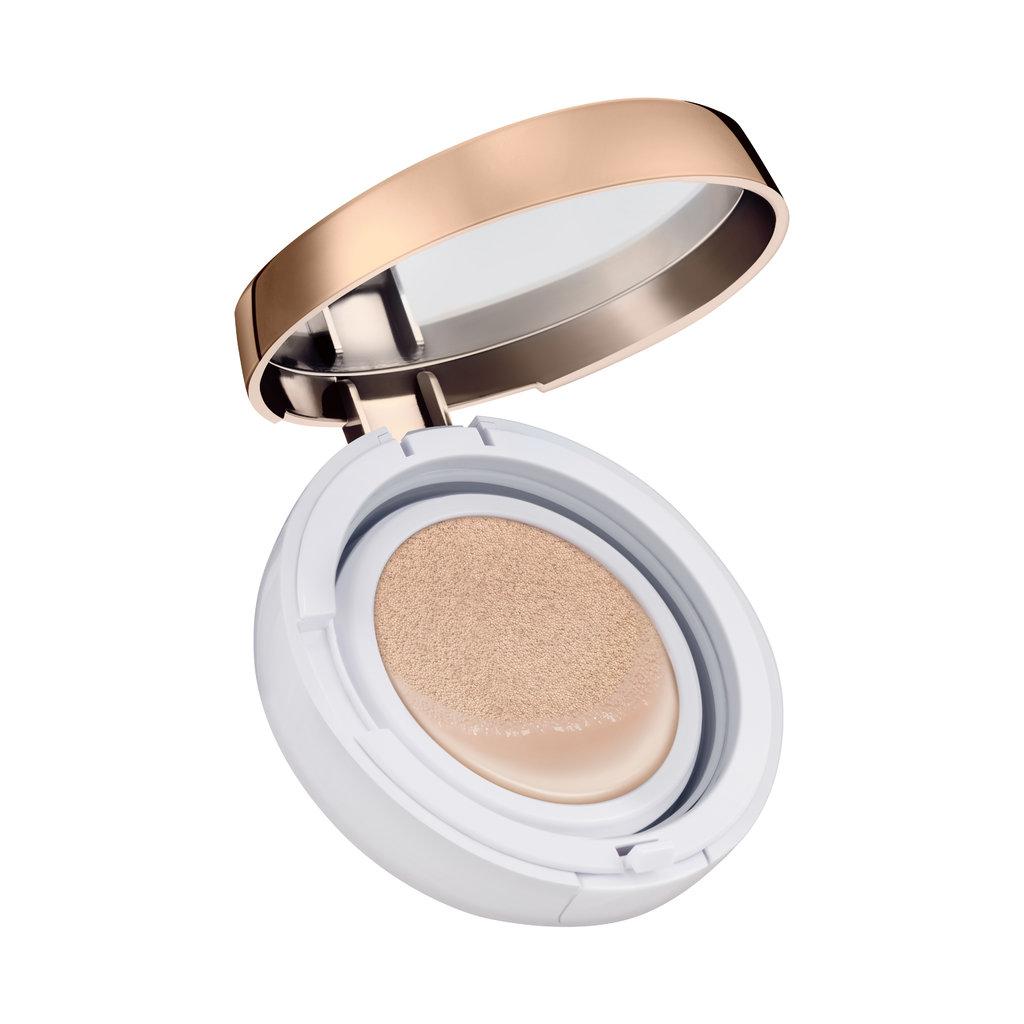 Missha Тональное средство Magic Cushion Moisture SPF50+/PA+++ (No.21), 15 грМШ328Тональная основа от Missha, доступная в двух тонах, для создания идеального макияжа и безупречной кожи. Данная тональная основа имеет отличную стойкость, предотвращает появление жирного блеска кожи, оставляя Ваш макияж свежим в течение всего дня. Вода бамбука и баобаба успокаивает кожу, обеспечивая ее влагой. Диоксид кремния регулирует работу сальных желез, абсорбируя излишки кожного сала. Средство имеет максимально высокий фильтр защиты от солнца SPF50/PA+++, благодаря чему Ваша кожа будет надежно защищена от УФ-лучей.