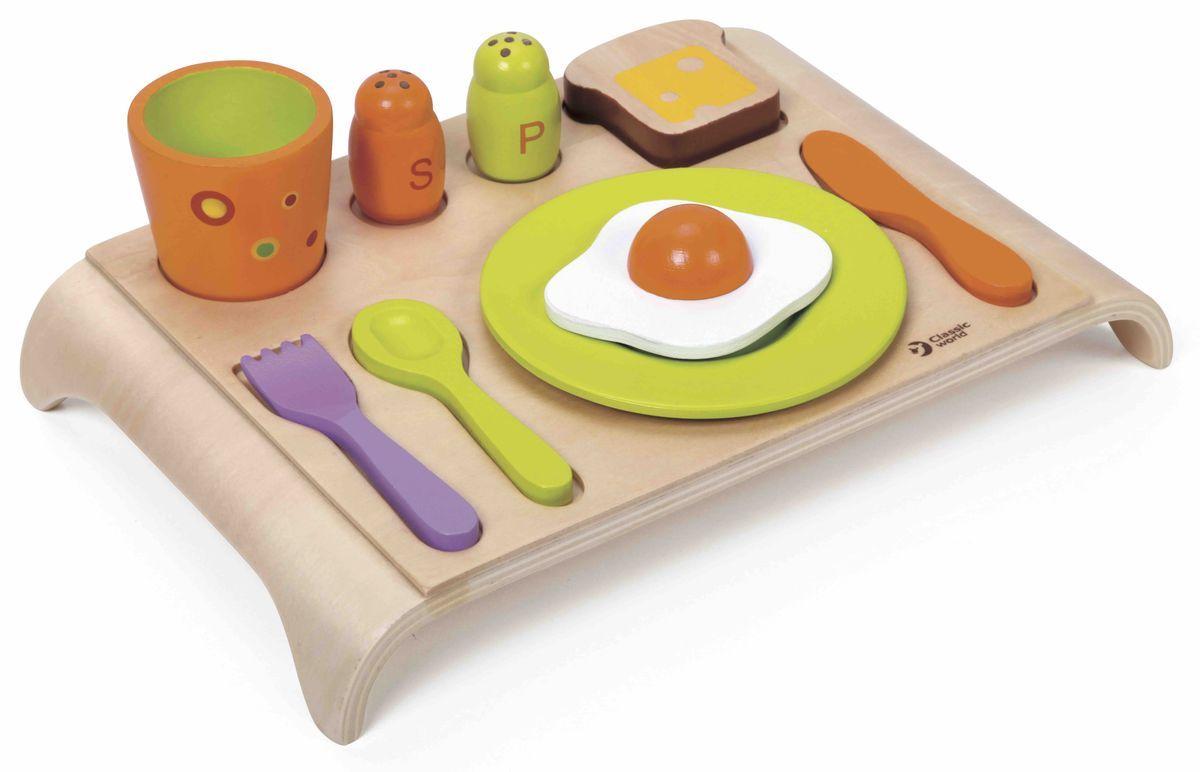 Classic World Развивающая игра Веселый завтрак2827Занимательный набор подарит ребёнку увлекательную и неповторимую игру, ведь это и самый настоящий сортер - все приборы необходимо разложить чётко по силуэтам, и захватывающий Весёлый завтрак с помощью которого малыш сможет изучить основы этикета и познакомиться с новыми предметами. В наборе и самый настоящий поднос, и столовые приборы: вилка, нож, ложка, стильный стакан, аксессуары под специи и вкусная и полезная еда -тост и яичница. Вот такой великолепный завтрак! Игра способствует развитию творческого мышления, любознательности и логики. Игрушка выполнена из высококачественных материалов, а значит вы будете уверены в безопасности вашего ребёнка.