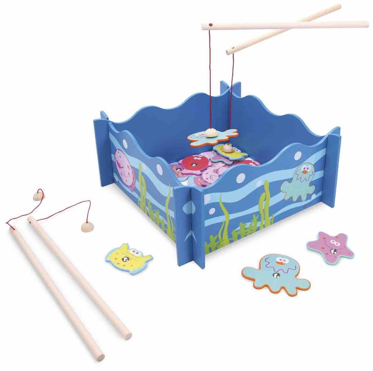 Classic World Развивающая магнитная игра Удачная рыбалка2888Откройте для ребенка удивительный и неповторимый мир рыбалки на экзотических рыб. Удобный и вместительный бассейн-игровое поле с оригинальным морским дизайном, разноцветные рыбки на магнитах, удочки - все, чтобы первая рыбалка вашего ребенка стала незабываемой. Игра развивает ловкость, моторику, двигательную активность и внимательность. Игрушка выполнена из высококачественных материалов, а значит вы будете уверены в безопасности вашего ребёнка.