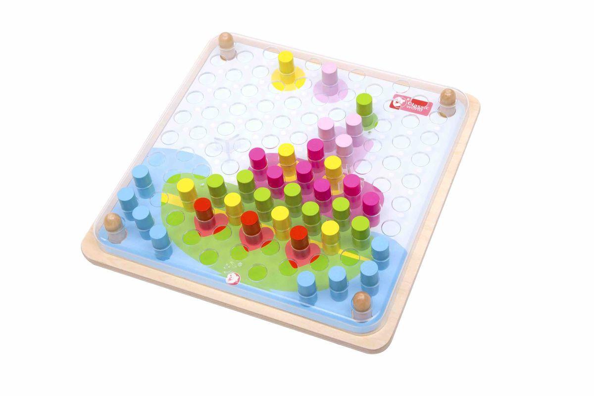 Classic World Мозаика-конструктор Цветные колышки3586Удивительные персонажи оживут в руках вашего ребёнка с помощью яркой мозаики: очаровательная корова, таинственный осьминог и многие другие. По условиям игры необходимо расставить колышки согласно цветам на карточках. А также ребенок сможет придумать разнообразные истории о милых персонажах, что прекрасно способствует развитию творческого мышления. В комплекте 5 карточек с заданиями. Игра с мозаикой способствует развитию мелкой моторики и логики, а также формирует зрительное и тактическое восприятие и чувство прекрасного. Игрушка выполнена из высококачественных материалов, а значит вы будете уверены в безопасности Вашего ребёнка.