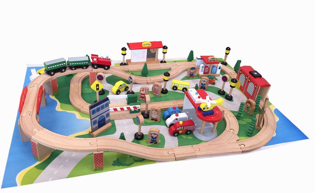Kids4Kids Конструктор Гигантская железная дорогаHJD931030Благодаря такому масштабному набору у ребенка будут по-настоящему безграничные возможности для игры! В состав набора входит более 80 всевозможных деталей и предметов. Четкая детализация элементов позволяет погрузиться в жизнь игрушечного города. Вертолет может бороздить над всем городом и помогать маленьким жителям. Поезд с вагончиками на магнитах сможет устроить экскурсию всем желающим. Благодаря дорожным знакам, шлагбауму и регулировщику движение всех автомобилей будет безопасным. А катер со спасательной шлюпкой всегда на страже порядка на реке и пляжах. Погрузочный кран на магнитах с механической ручкой, с его помощью ребенок может осуществлять настоящую погрузку-разгрузку в порту и доках. Отличительная особенность набора - наличие двух железнодорожных составов, грузового и пассажирского. Сюжетные конструкторы отлично развивают воображение и логику, положительно сказываются на координации движений, тренируют память и внимание.