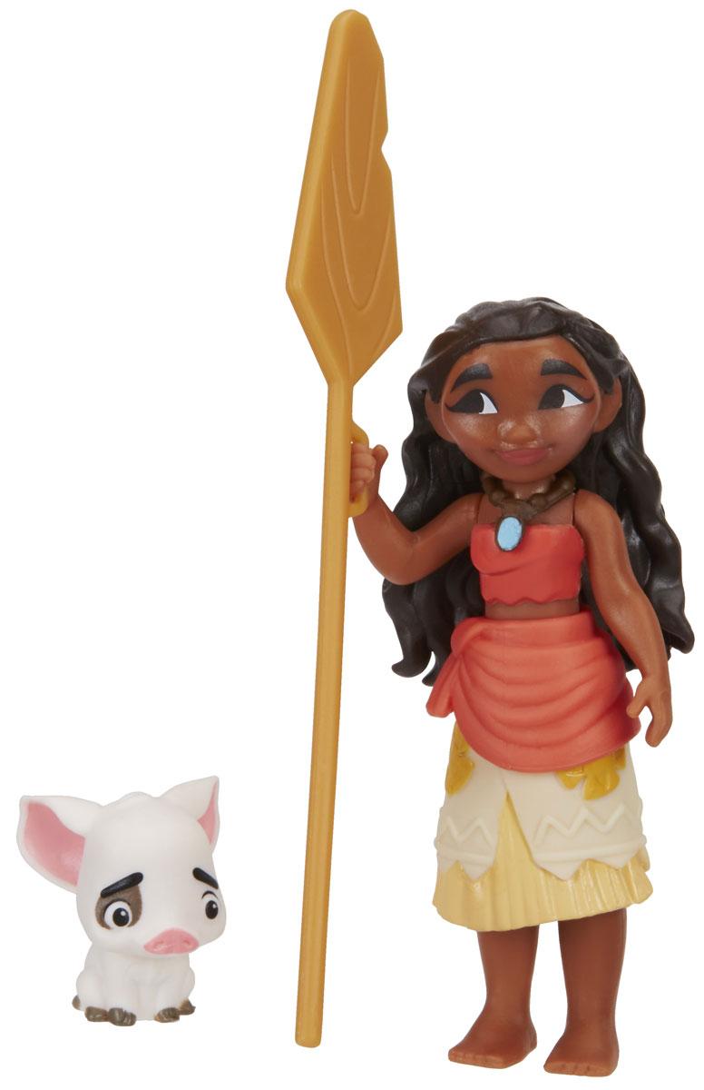 Disney Moana Набор фигурок Моана и ПуаB8298EU4_В8299Набор фигурок Disney Moana включает в себя Моану и поросенка Пуа. Фигурки выполнены из высококачественного и безопасного для ребенка материала. Моана - главная героиня мультфильма, 14-летняя дочь вождя, любит океан и все, что с ним связано, храбрая и отважная. Пуа - поросенок Моаны, сопровождает ее во всех приключениях. Моана - мультфильм от создателей всемирно известного анимационного мультфильма Холодное сердце, премьера которого ожидается 1 декабря 2016 года. С фигурками по мотивам этого мультфильма ребенок сможет затеять увлекательную сюжетно-ролевую игру, или придумывать собственные, уникальные истории.