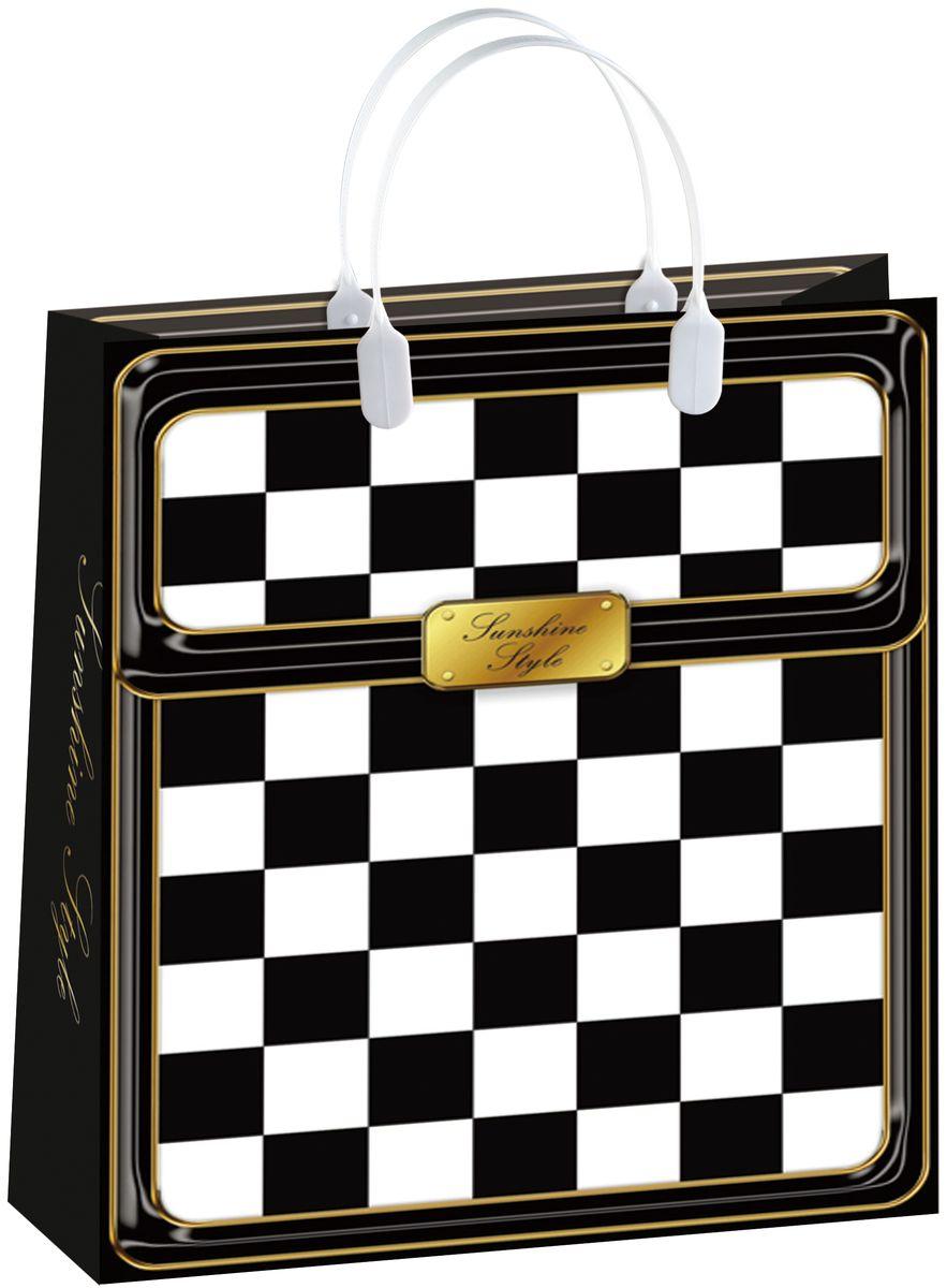 Пакет подарочный Bello, 32 х 10 х 42 см. BAL 104BAL 104Подарочный пакет Bello, изготовленный из пищевого полипропилена, станет незаменимым дополнением к выбранному подарку. Дно изделия укреплено плотным картоном, который позволяет сохранить форму пакета и исключает возможность деформации дна под тяжестью подарка. Для удобной переноски на пакете имеются две пластиковые ручки. Подарок, преподнесенный в оригинальной упаковке, всегда будет самым эффектным и запоминающимся. Окружите близких людей вниманием и заботой, вручив презент в нарядном, праздничном оформлении. Грузоподъемность: 12 кг. Морозостойкость: до -30°С.