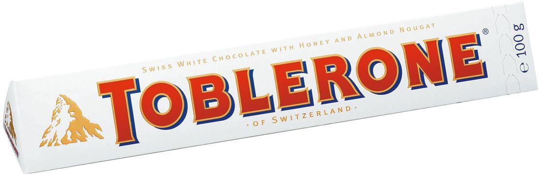 Toblerone шоколад белый с медово-миндальной нугой, 100 г12568, 4010976Знаменитый швейцарский шоколад Тоблерон треугольной формы. Шоколад Toblerone известен во всем мире благодаря запатентованной треугольной форме, неизменному швейцарскому качеству и характерному сочетанию настоящего белого швейцарского шоколада, меда и миндальной нуги. Впервые шоколад под торговой маркой Toblerone начал продаваться в Швейцарии в 1908 году и очень скоро стал символом этой удивительной страны. Отличается деликатным сливочным вкусом и насыщенным ароматом.