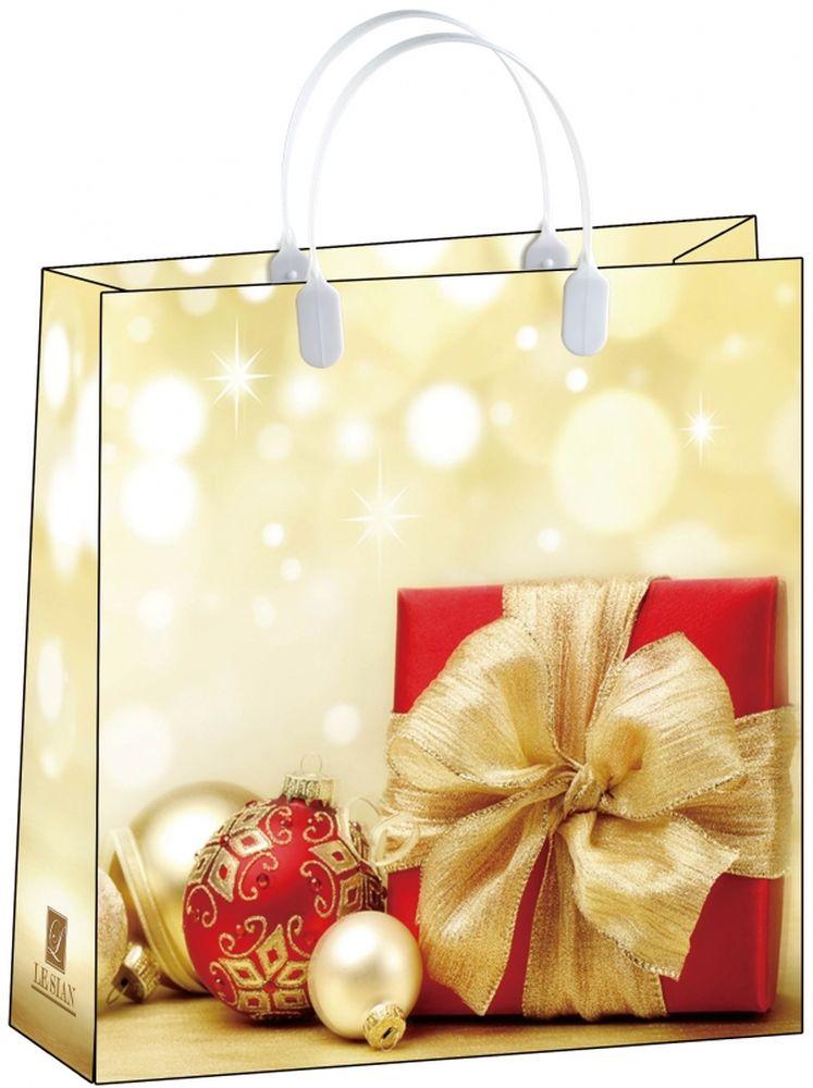 Пакет подарочный Bello, 30 х 10 х 30 см. BAM 143BAM 143Подарочный пакет Bello, изготовленный из пищевого полипропилена, станет незаменимым дополнением к выбранному подарку. Дно изделия укреплено плотным картоном, который позволяет сохранить форму пакета и исключает возможность деформации дна под тяжестью подарка. Для удобной переноски на пакете имеются две пластиковые ручки. Подарок, преподнесенный в оригинальной упаковке, всегда будет самым эффектным и запоминающимся. Окружите близких людей вниманием и заботой, вручив презент в нарядном, праздничном оформлении. Грузоподъемность: 12 кг. Морозостойкость: до -30°С.